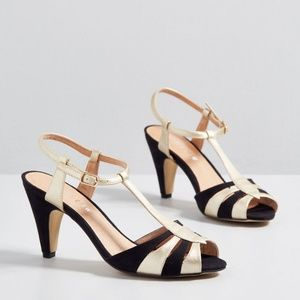Retro Black and Gold Strappy High Heels